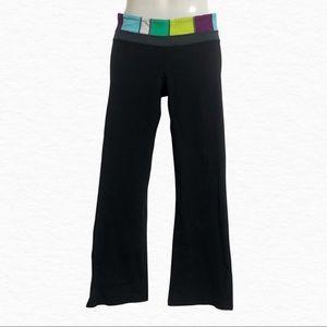 ❤️3/$30 Lululemon flared legging yoga pants. 6